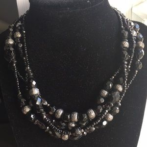 Jewelry - Black Beaded layer Necklace